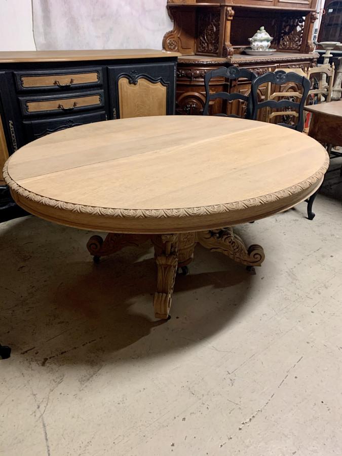 Importante table guéridon Henri II