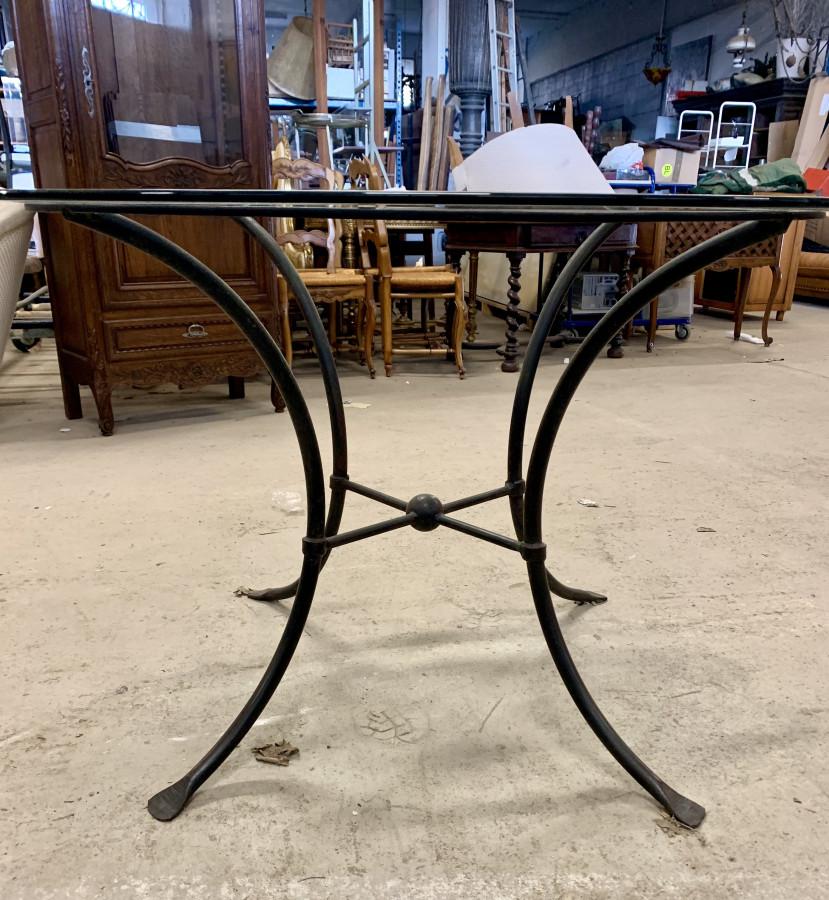 Belle table ronde plateau verre