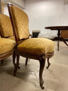 Série de 6 chaises médaillon style Louis Philippe