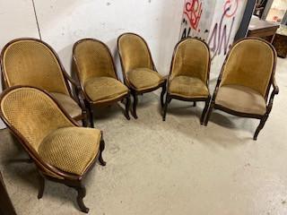 Série de chaises gondoles époque Restauration