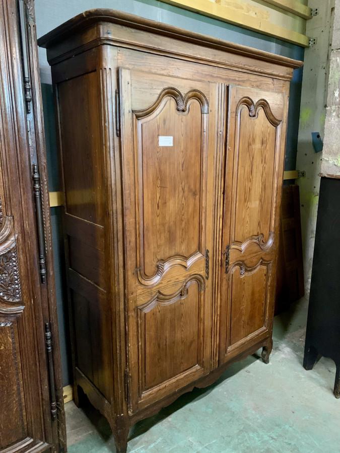 Jolie armoire en chêne