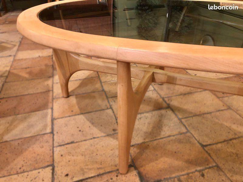 Jolie table basse Scandinave
