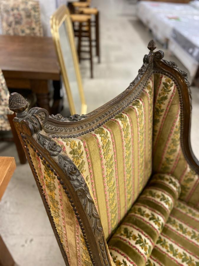 Belle bergère de style Louis XVI