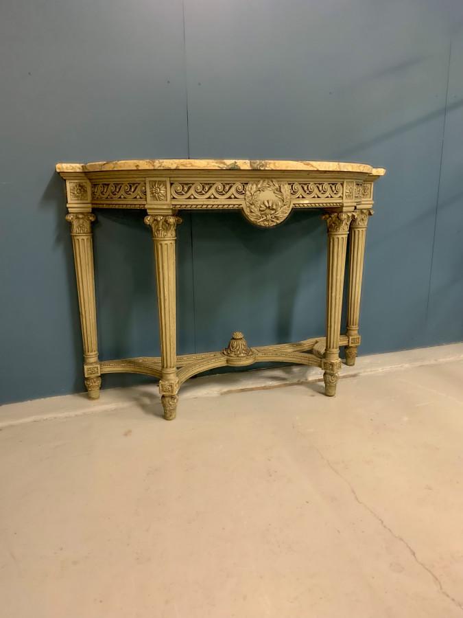 Jolie console de style Louis XVI