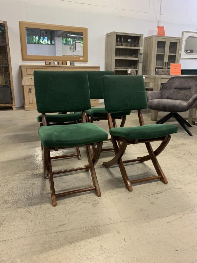 Belle série de quatre chaises vintage