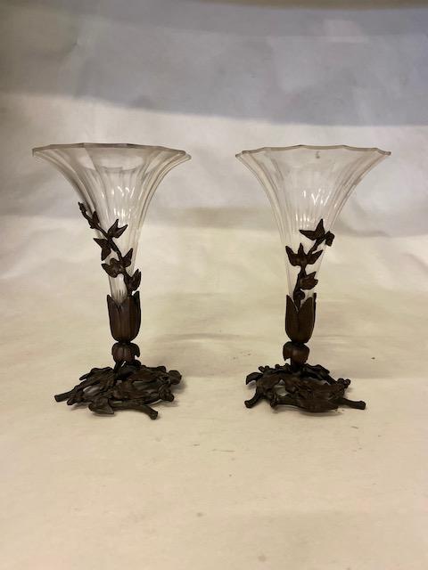 Paire de cornets soliflore en cristal Baccarat