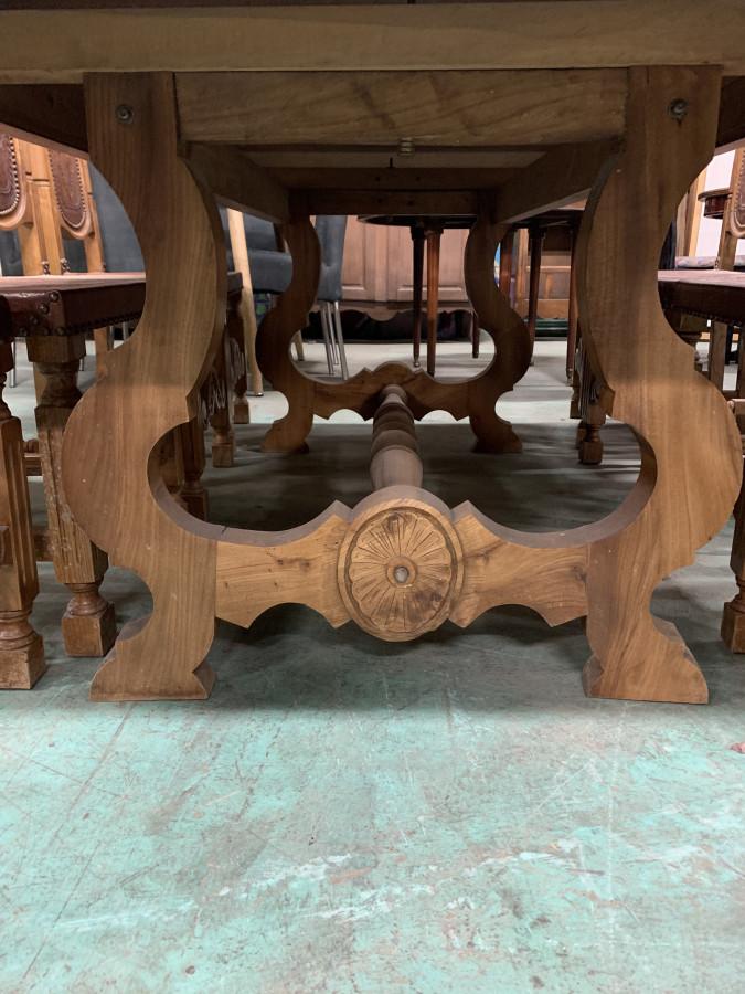 Belle table de ferme monastère