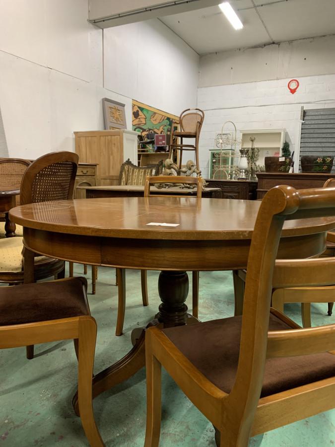 Table ronde à rallonge en merisier