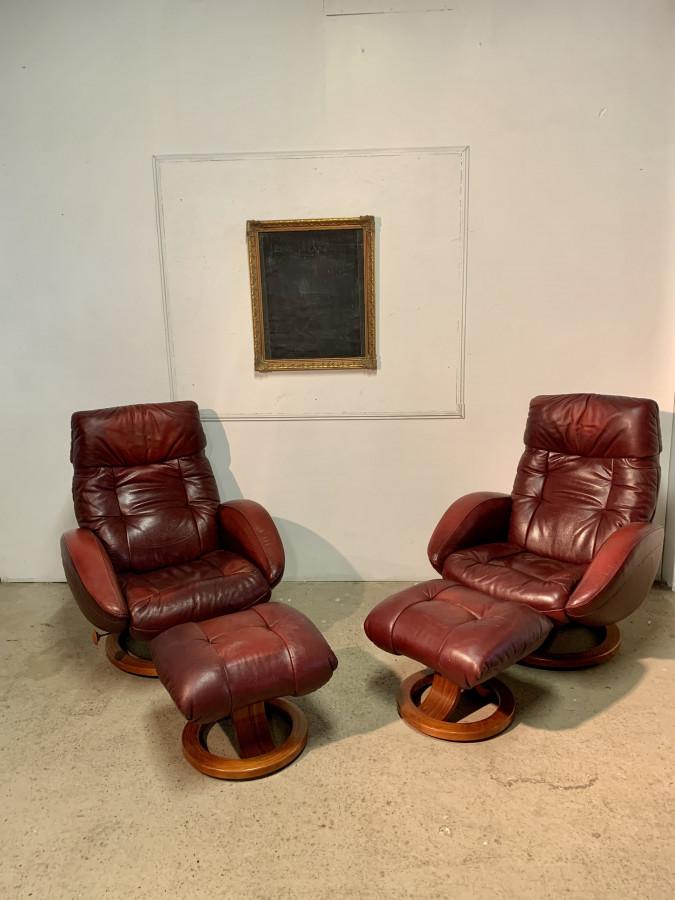 Paire de fauteuils relax avec repose pieds
