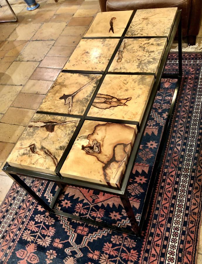 Originale table basse en tamarin massif