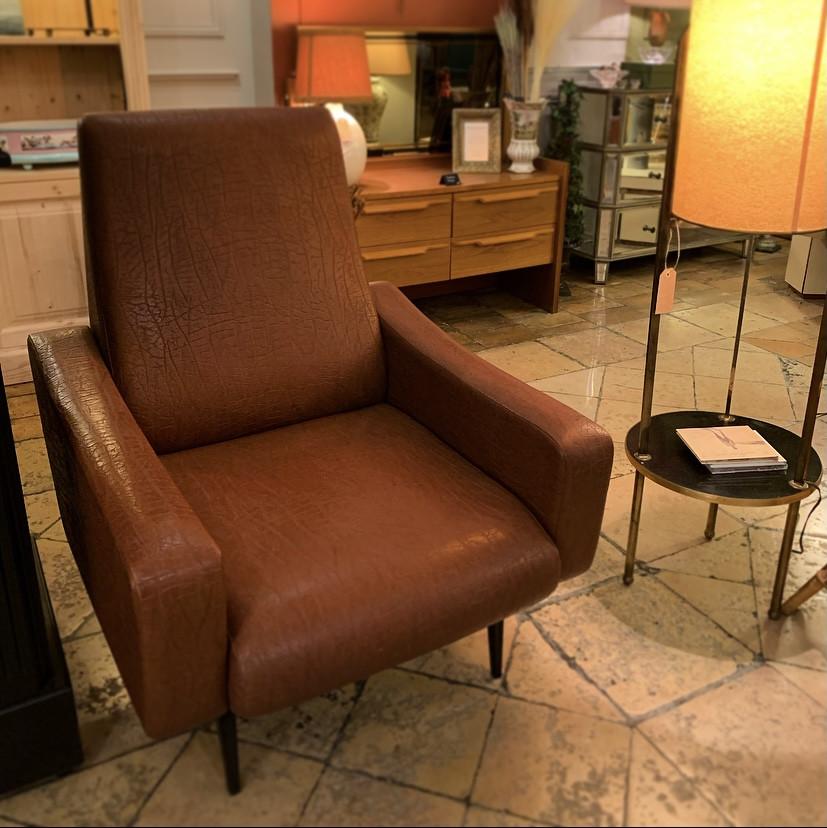 Charmant fauteuil rétro